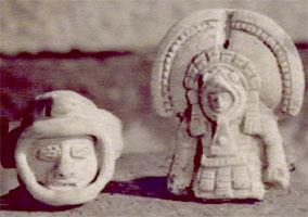 alien-statuette
